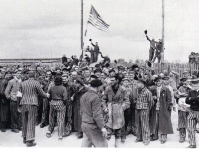 Polish-Prisoners-at-Dachau